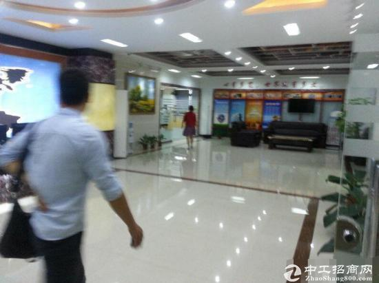 福永宝安大道新出1800平方米带豪华装修厂房招租
