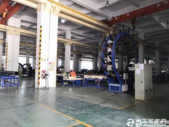 横岗原房东红本厂房一楼出租 红本面积3800平,高度8米