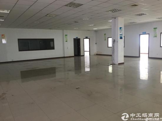 石岩北环原房东红本产业园2楼整层2750平米厂房出租-图3