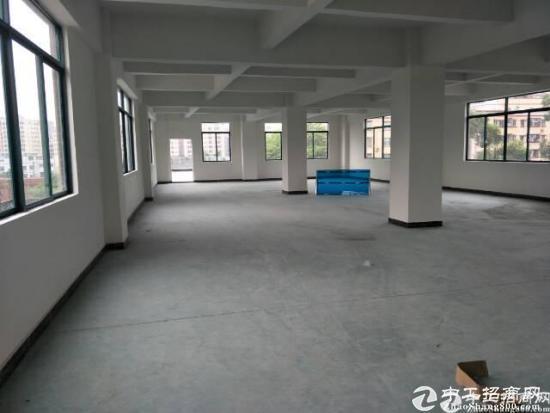 长安乌沙大润发附近一楼滴六米带行车1200平标准厂房。