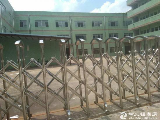 坑梓秀新工业区新出二楼550平米
