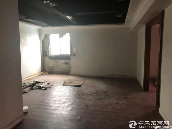宝龙深汕路边楼上200平米办公厂房仓库15元出租