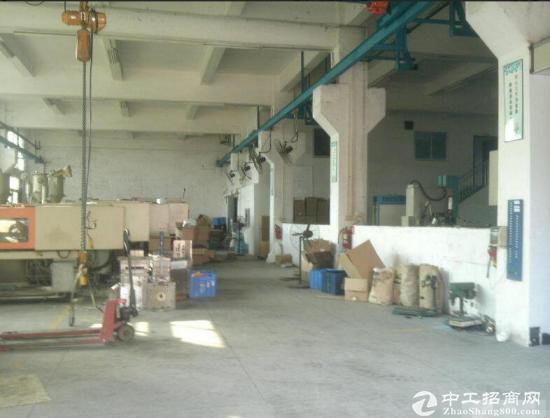 福永塘尾独院厂房8000平米带牛角出租