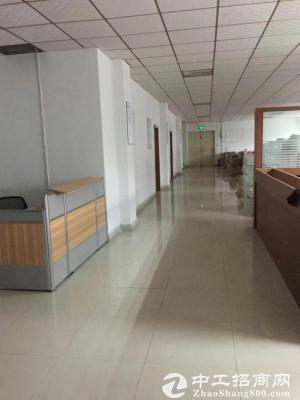 龙岗宝龙工业区3楼1800平带装修厂房出租