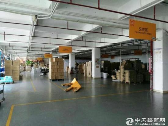 龙岗爱联嶂背一楼1363平厂房出租 带装修