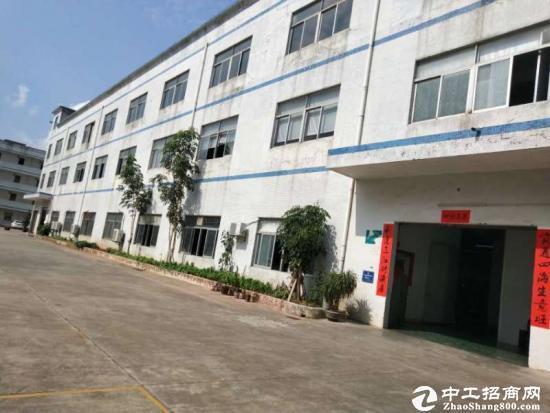 龙岗同乐一楼厂房1360平米招租,租23大小可分