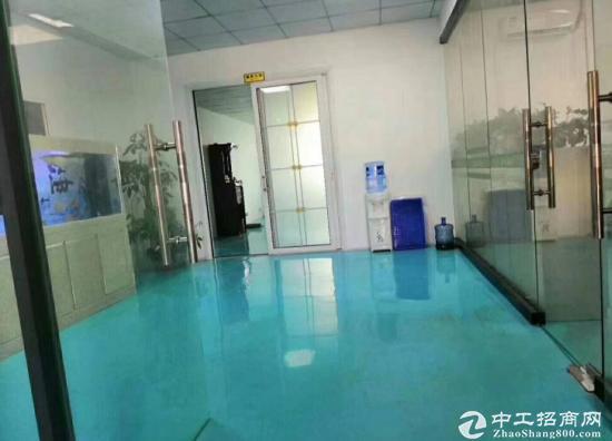 福永宝安大道地铁口新出楼上820平豪华装修厂房出租