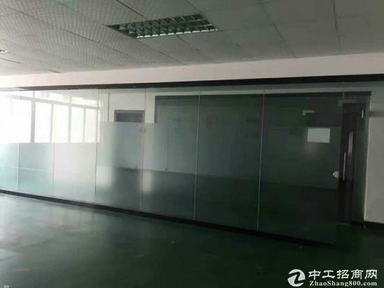 厚街镇原房东推出大型工业园二楼1100平方厂房出租电梯直达