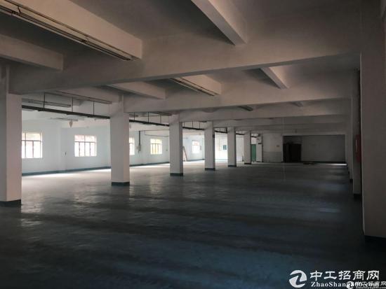 [横岗厂房]横岗六约沃尔玛旁独院厂房11000平,可分租