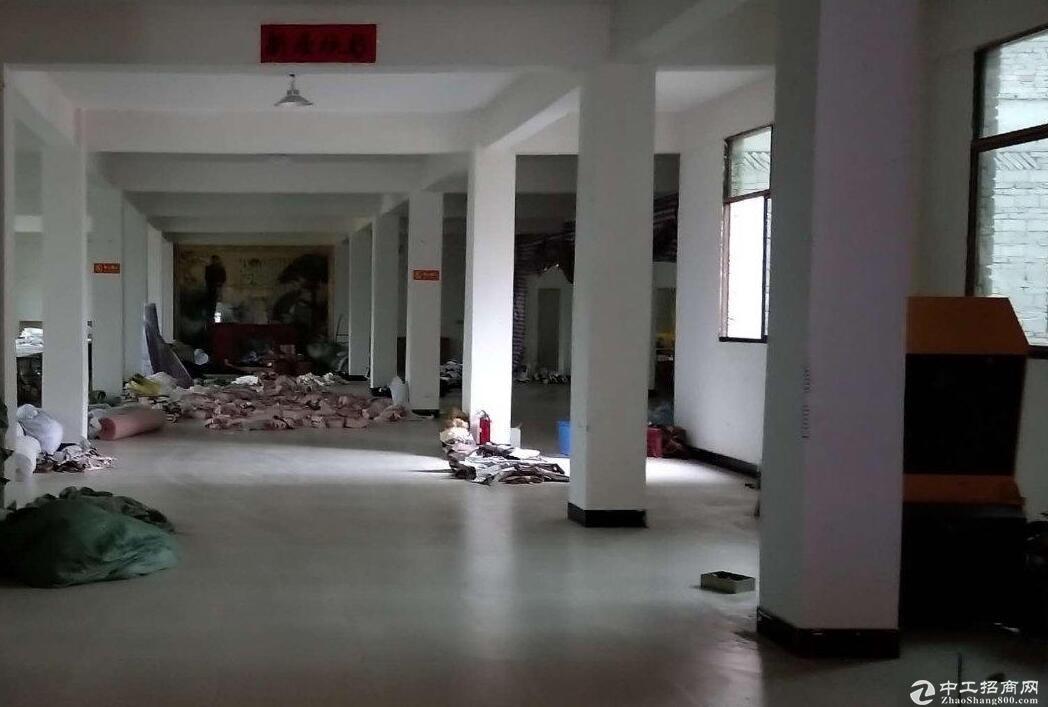 武汉周边1800平方出租,可用于厂房仓库用途。