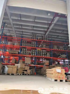 坑梓原房东红本滴水11米钢构3600平带卸货平台