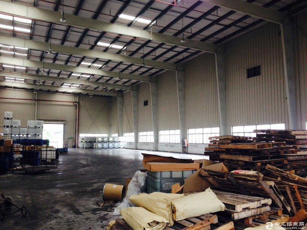 青浦单层绿证104板块厂房带5吨行车车间厂房诚售