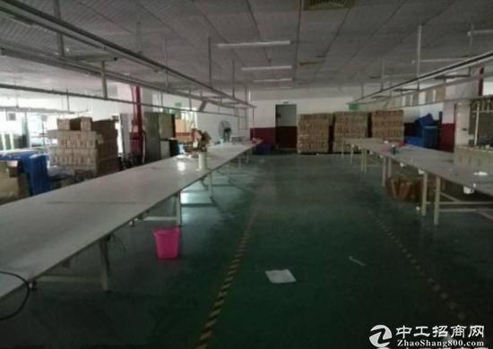 坪山石井新出2楼整层带精装修厂房1200平招租