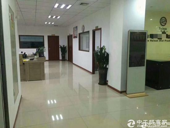 大浪商业中心新出2楼1300平,带装修,有车间,仓库,办公室