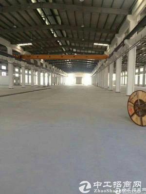 石岩料坑独门独院钢构8000平方厂房出租