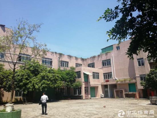 龙岗坪地镇占地 8000 ㎡, 建筑 16000 ㎡优质厂房出售