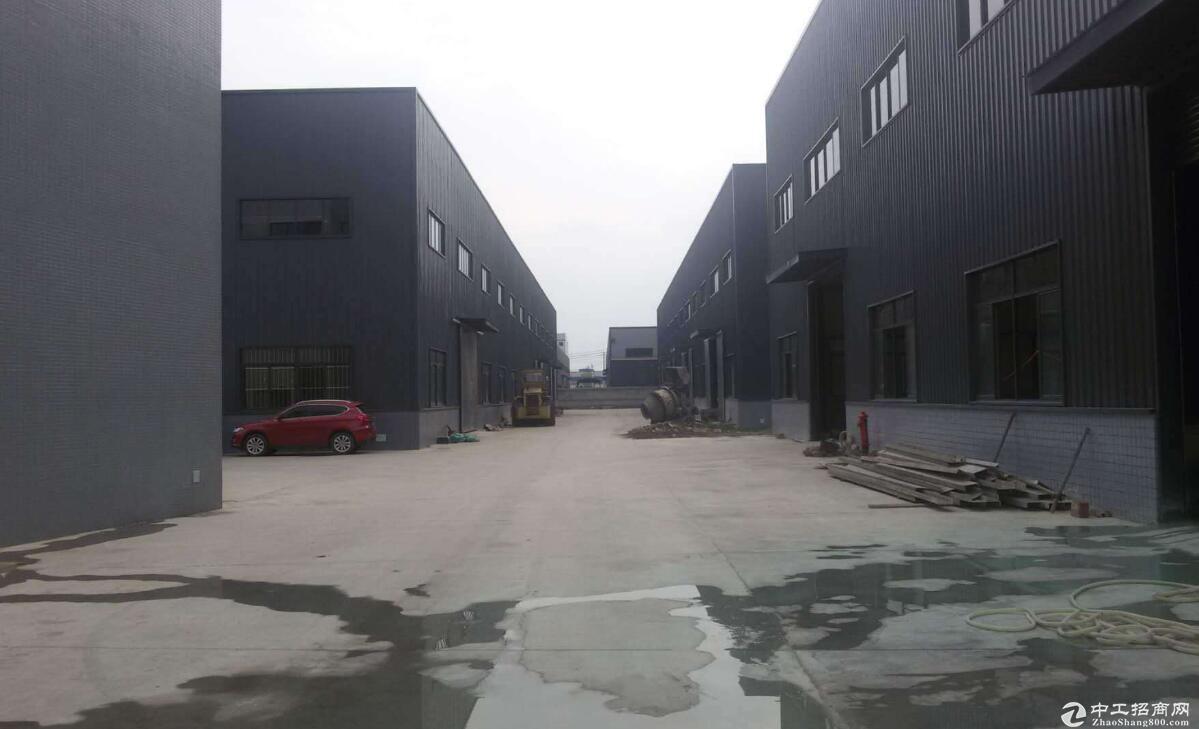 东西湖厂房出租仓库物流办公1500平,交通便利