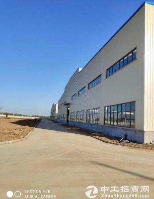 蔡甸全新单层钢结构厂房3000平,有10吨行车