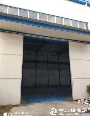 蔡甸标准单层钢构1200平,有10吨行吊,产证齐全