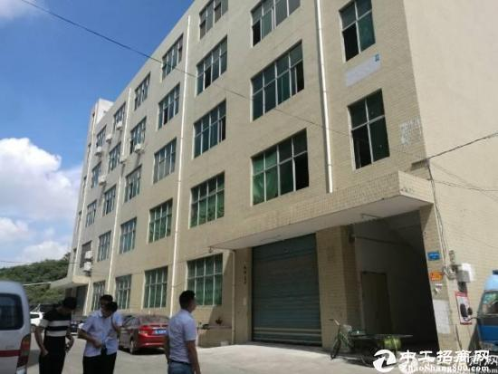 横岗地铁站附近新出独院二楼300平厂房出租