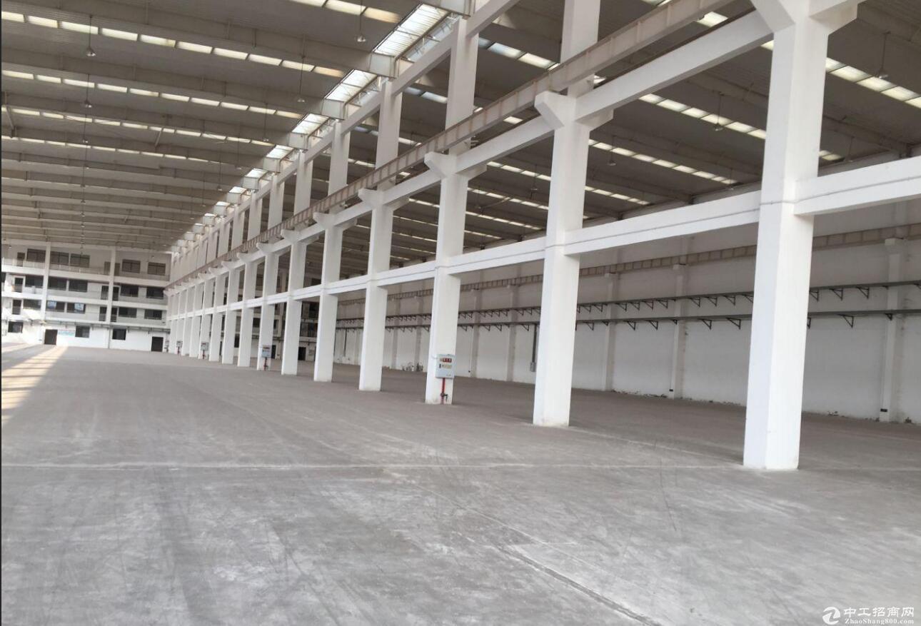 渝北 空港独栋行车厂房9000平高13米