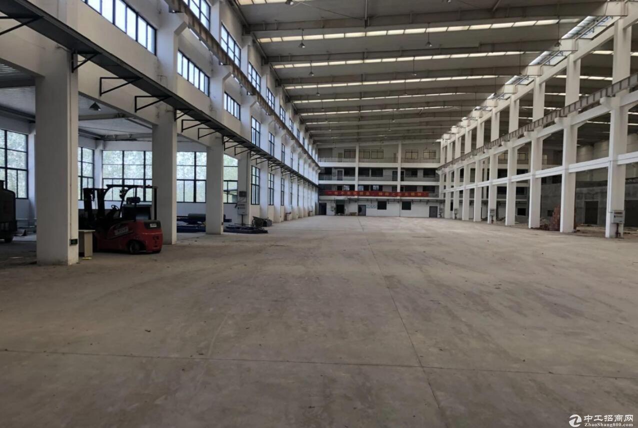 渝北 空港独栋行车厂房6000平 高13米