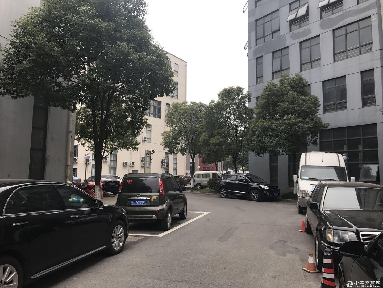 嘉定安亭11号线沿线独栋三层1254平绿证精装带电梯工业诚售