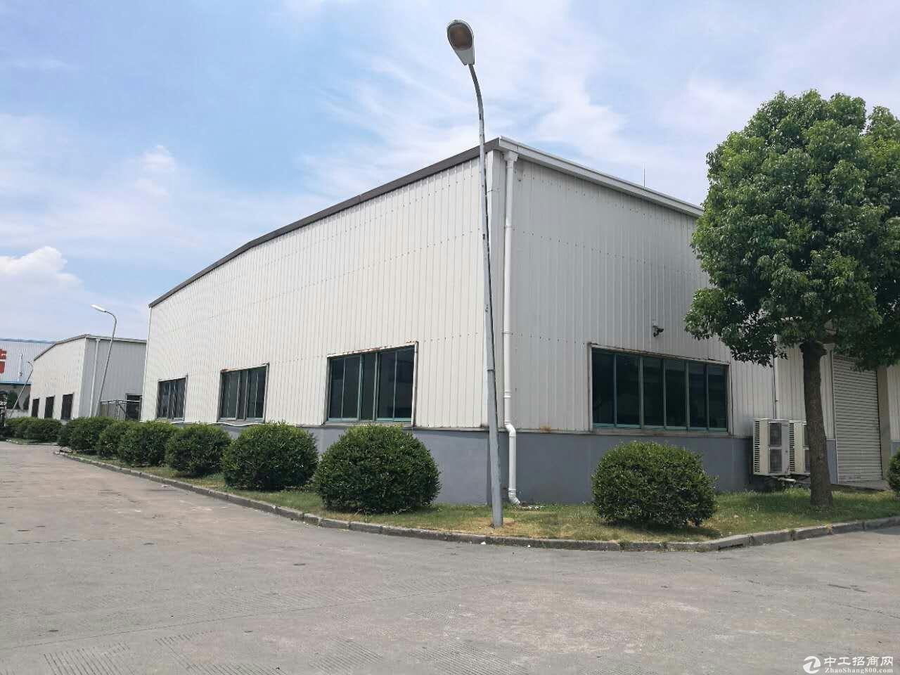 松江独栋火车头式厂房3000平米可分割位置佳