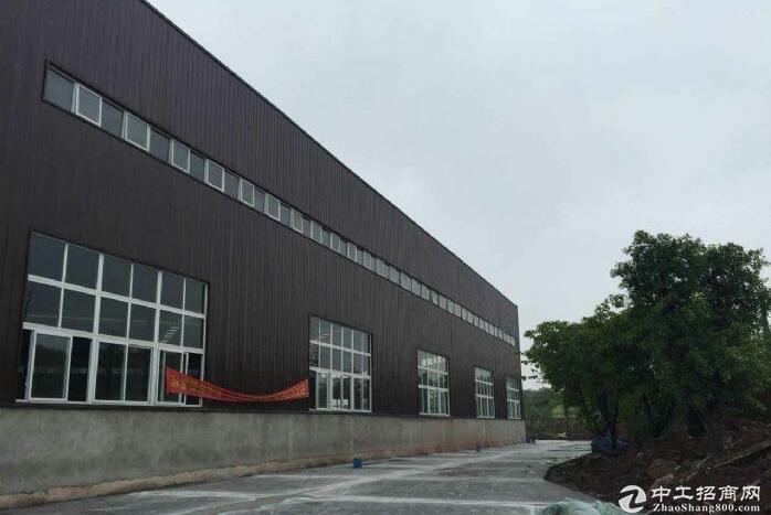 全新标准厂房8500平17米电500kva有行车可分租