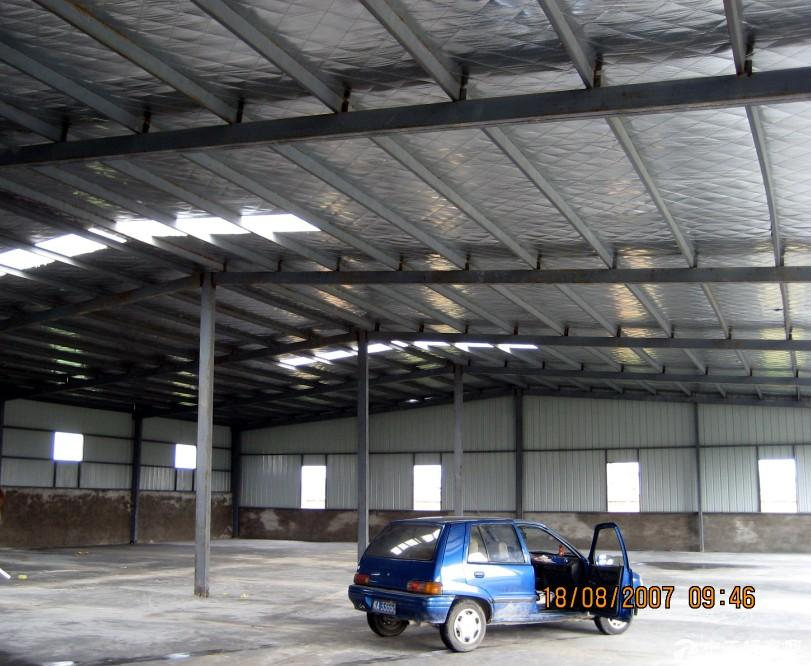 厂房出租1400平米,附近有周谷堆建材城长江大市场