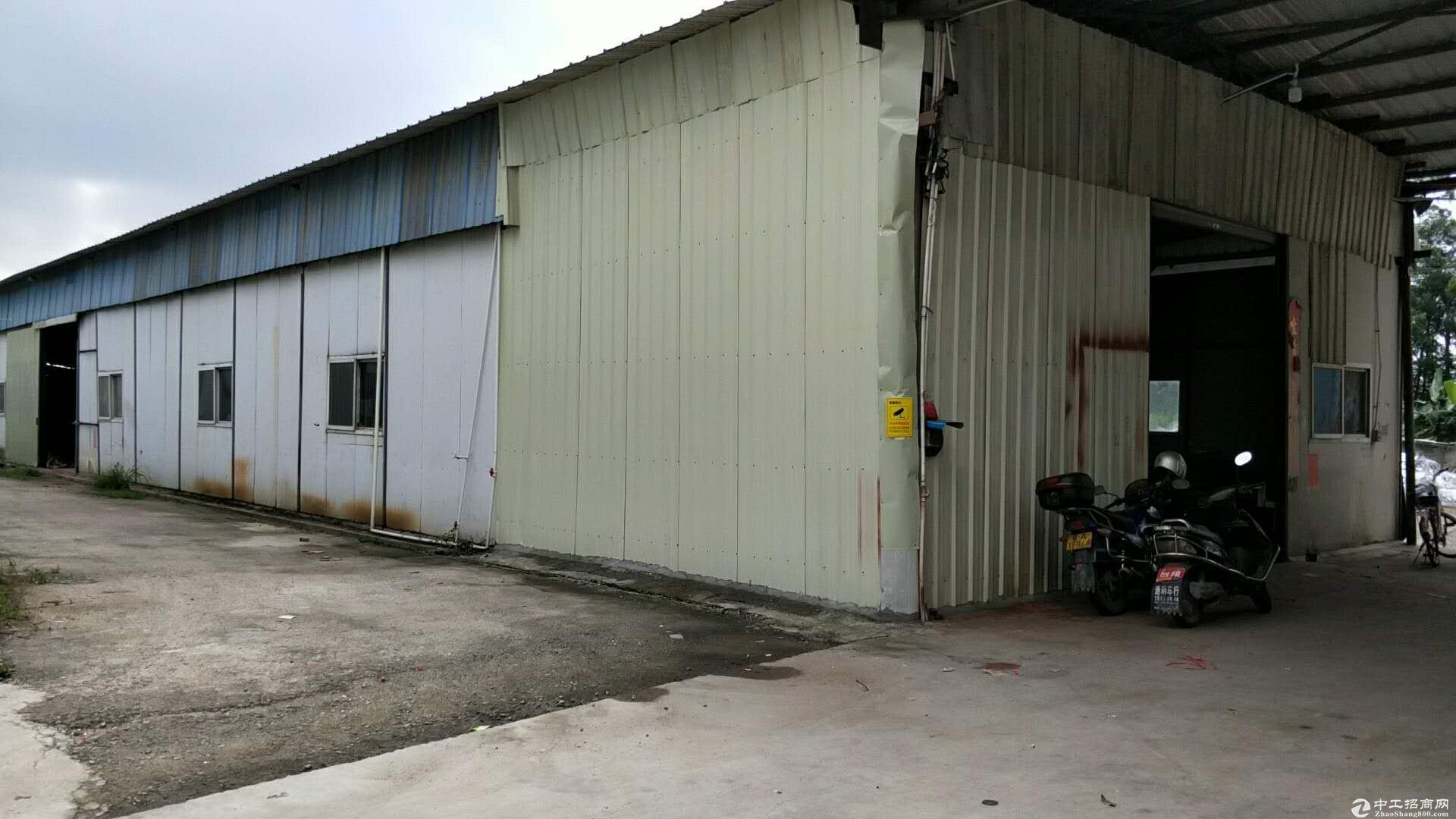 新会工厂出租转让 厂房1800多平方 水电齐全