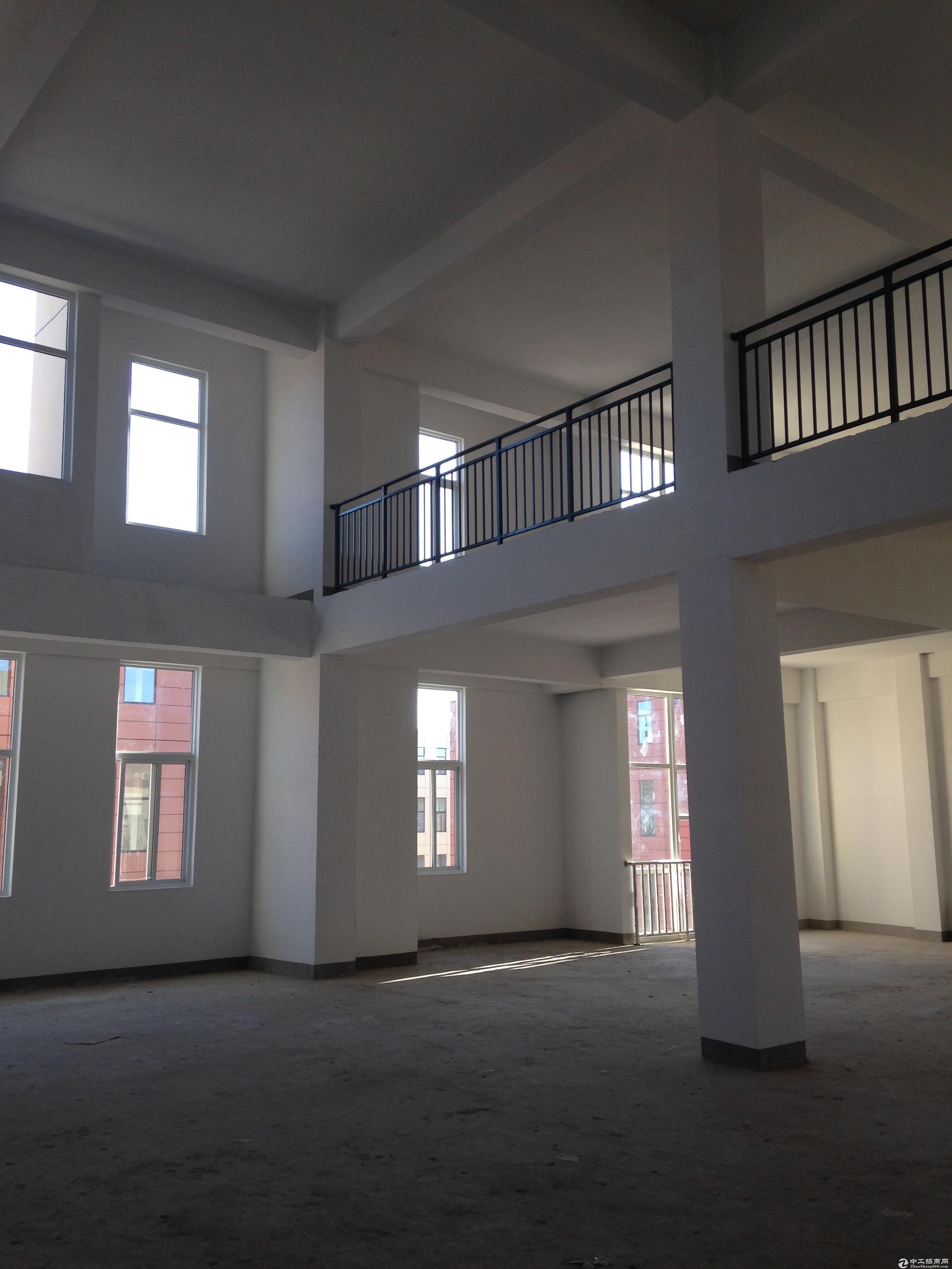 高新区1500㎡独栋厂房出售,产研办一体化,首层挑高7.2米