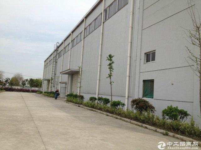 青浦重固3700平方独栋火车头式厂房104地块可分租