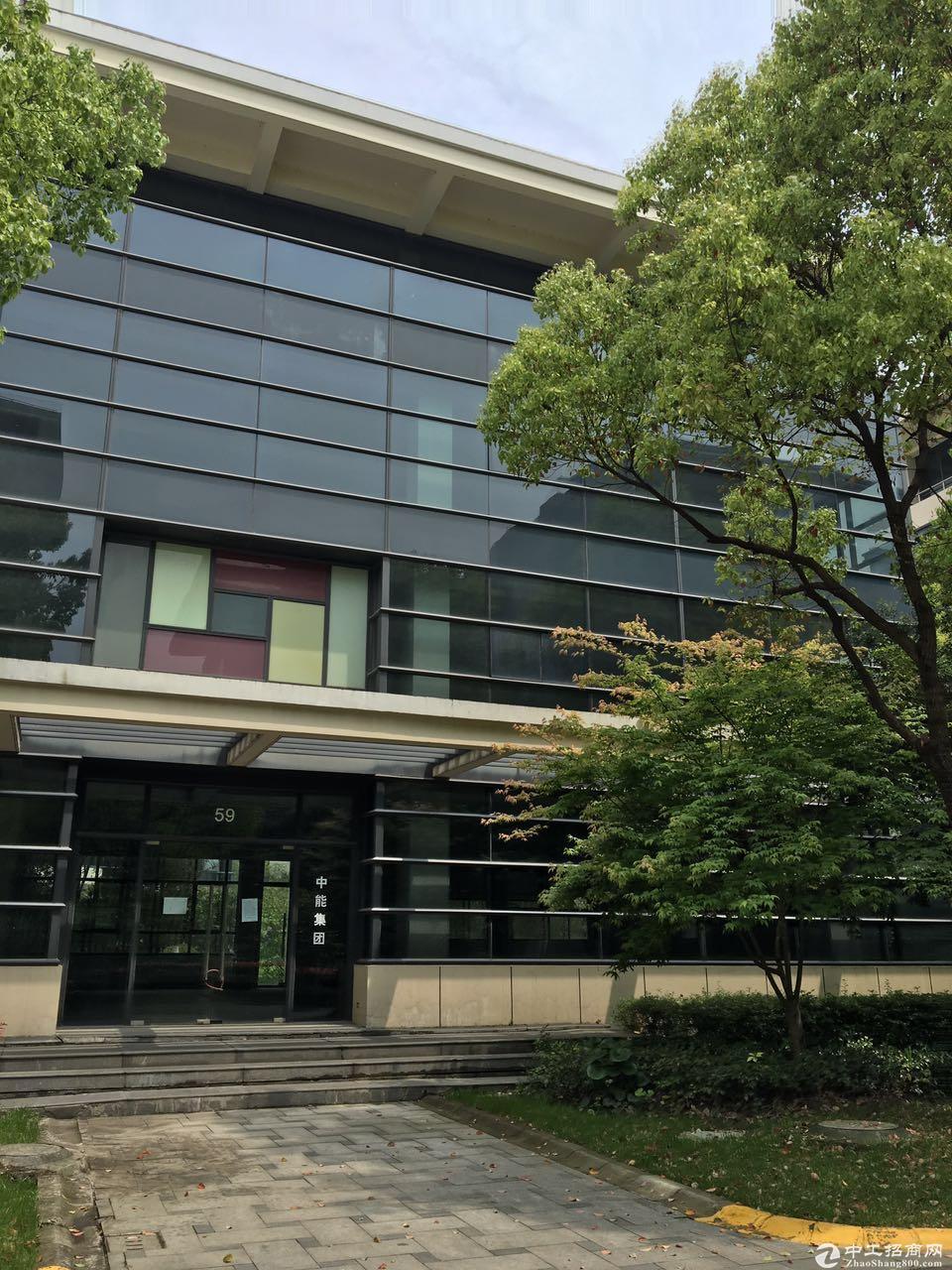 松江区近G15高速楼上办公研发总部出售可按揭环评
