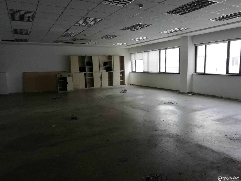 上海浦东地铁12号线金海2楼170平方厂房出租证齐-图4