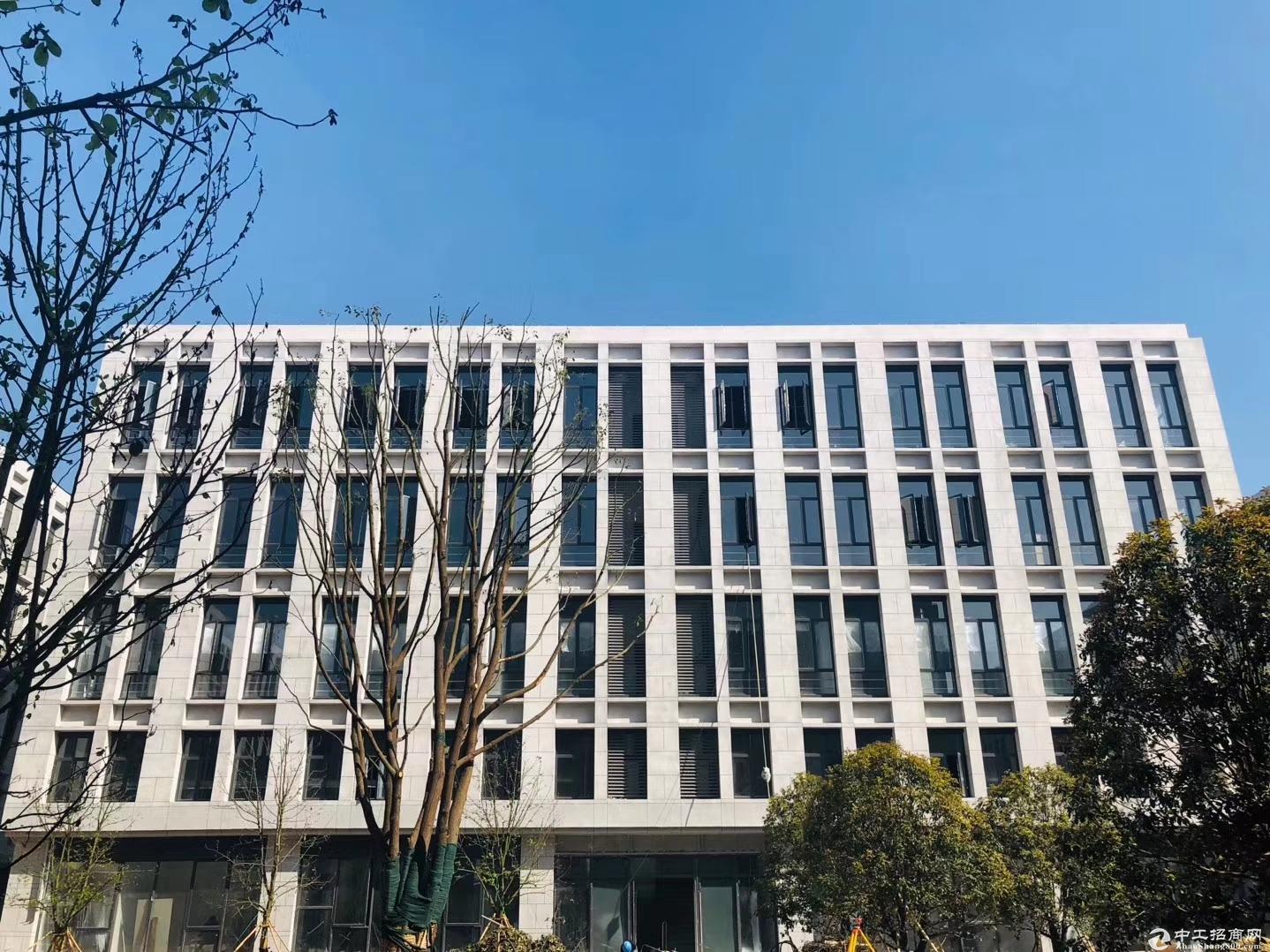 独栋4层4300方标准厂房 50年产权可分割