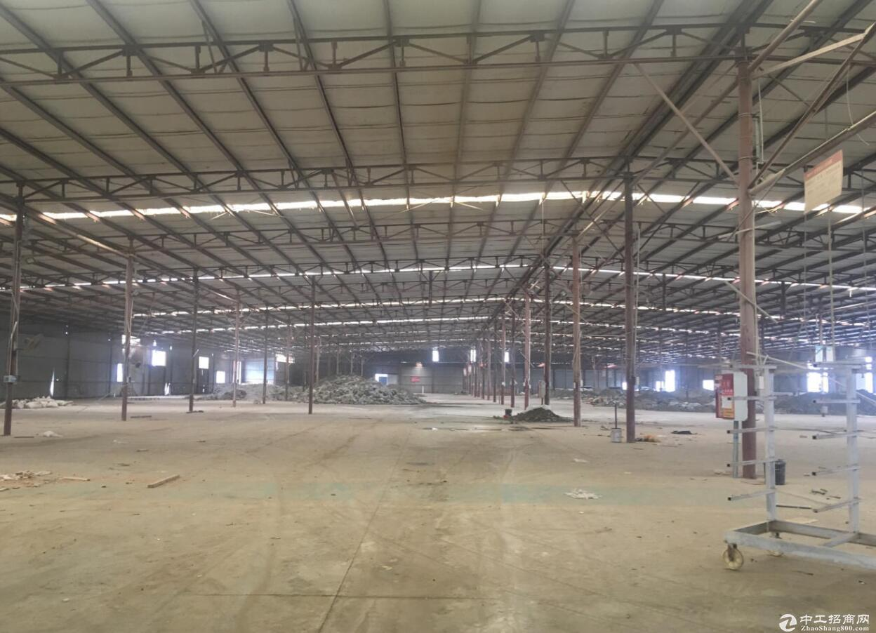 新都泰兴镇独门独院6700平米单一层车间仓库
