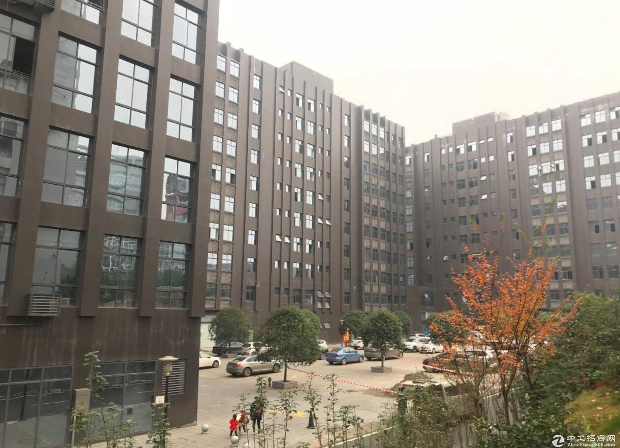 江北港城工业园旁厂房,可办公研发生产