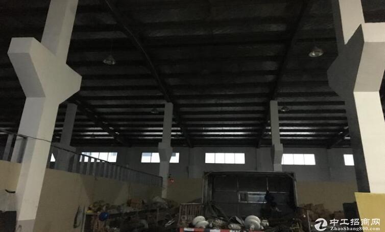 高淳经开区秀山路,1400平钢结构厂房出租,层高8米图片1