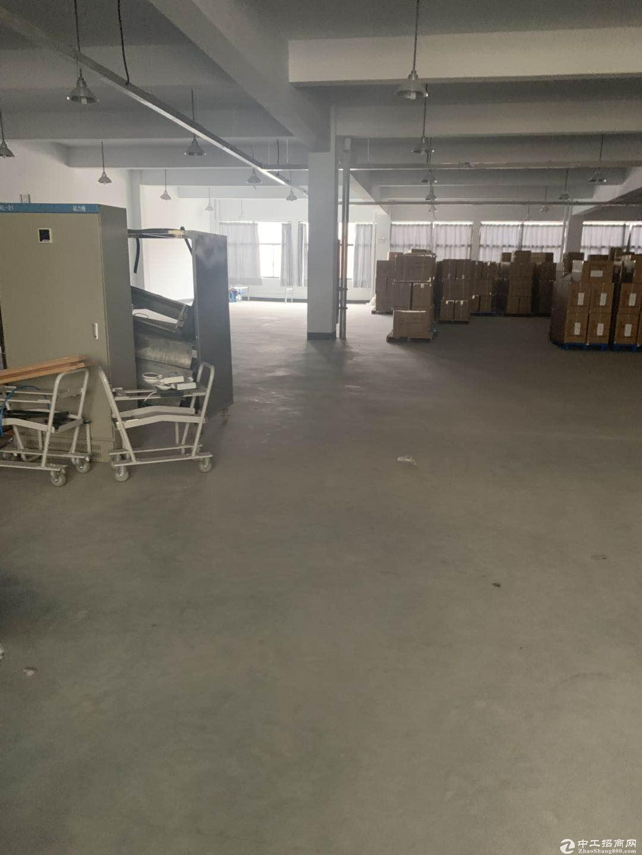 (出租)桐乡濮院1000多平方多层厂房独门独院可分租交通便利价格便宜