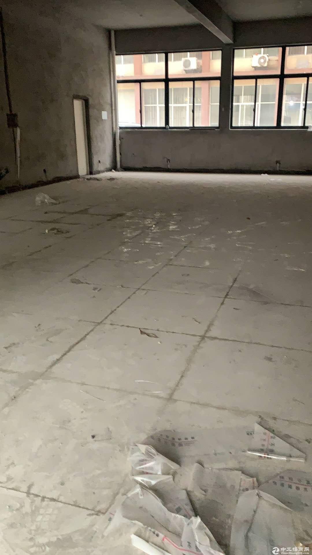 (出租)桐乡梧桐街道西面3000平单一层厂房独门独院