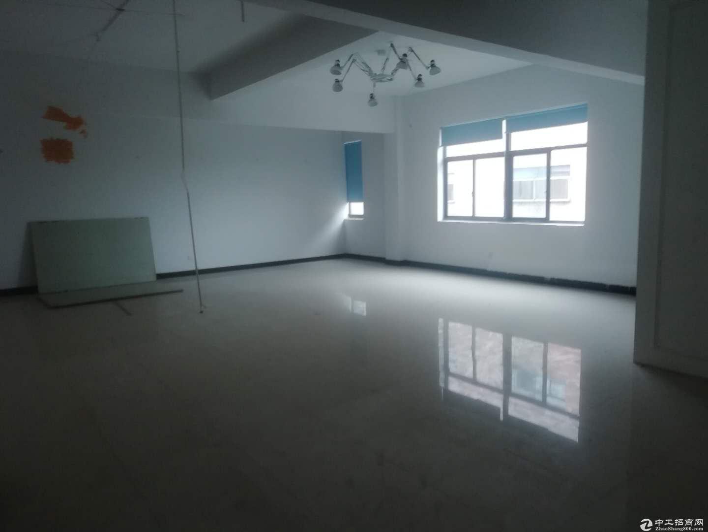 (出租)桐乡梧桐工业区900平厂房可分租精装修交通便利