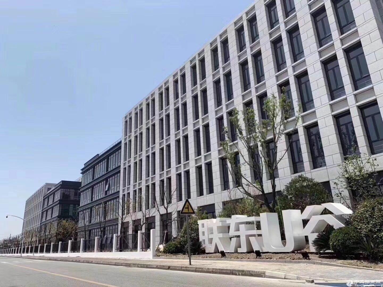 常熟古里 高速旁 产业园独栋工业厂房出售 国土 50年 一户一证 品牌开发商