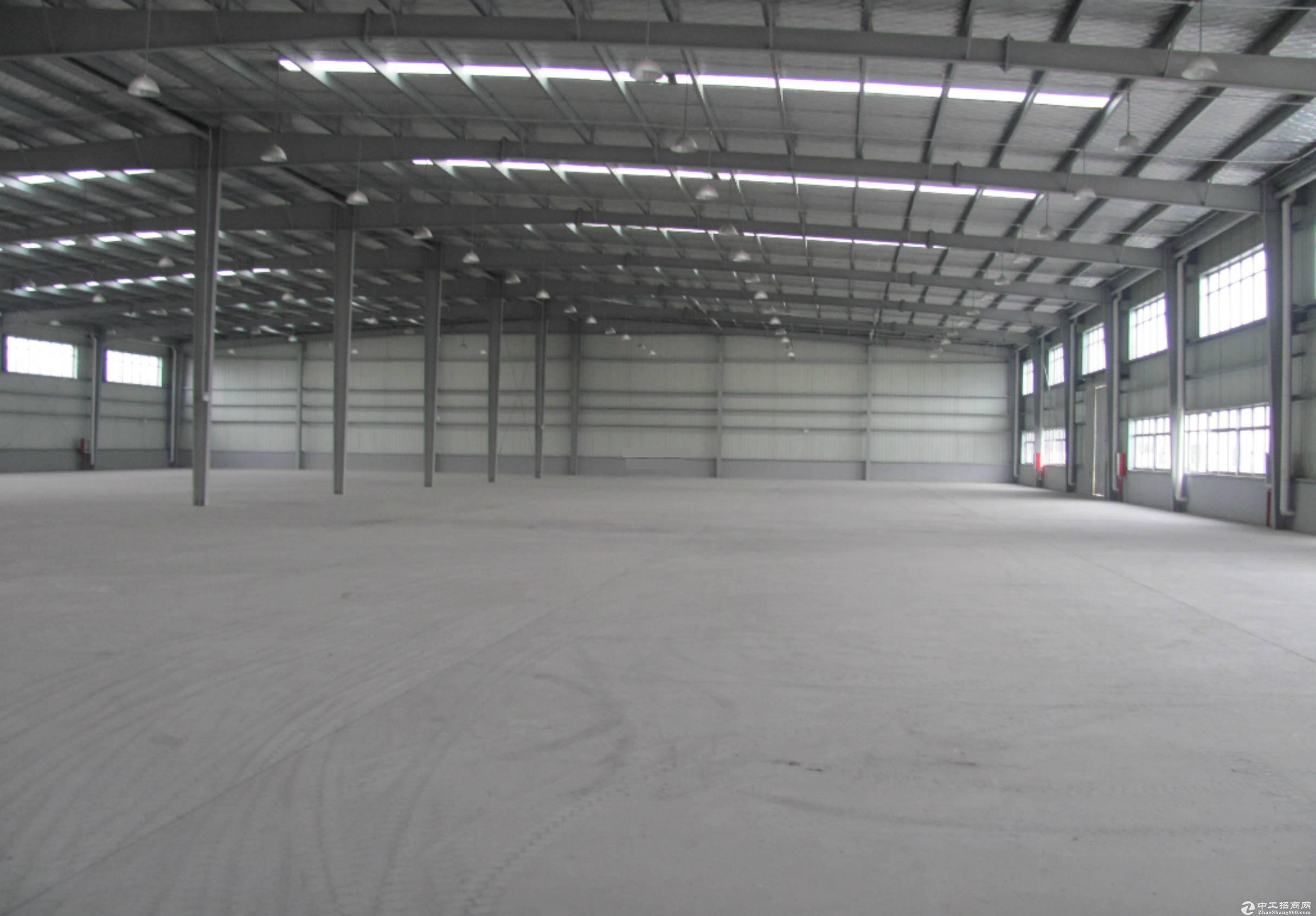(出租) 红安工业园40000平钢构厂房出租,配套住宿、办公-图2