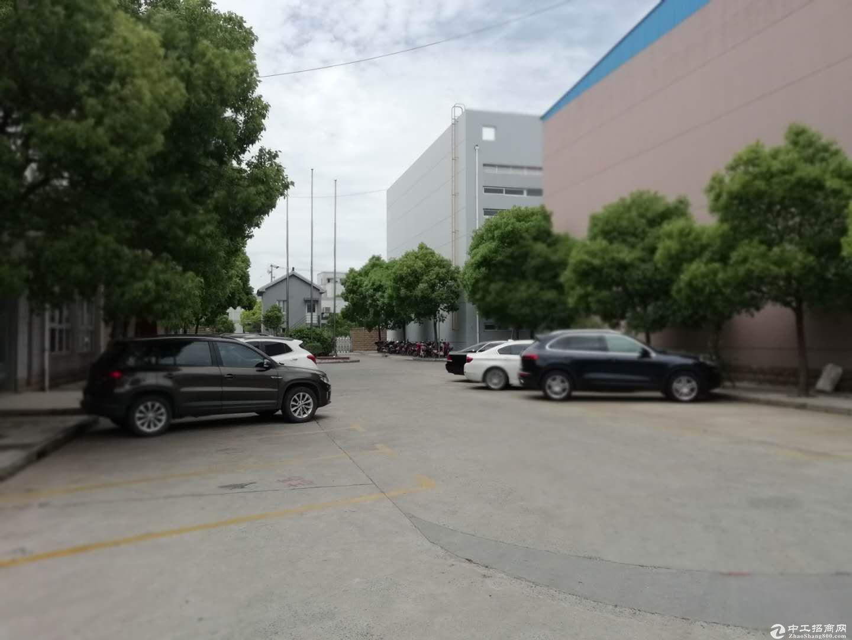 六灶鹿吉工业园104大房东厂房无公摊200平带2部5吨行车-图2