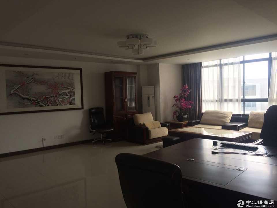 松江车墩工业区独栋4层1367平方有装修出租