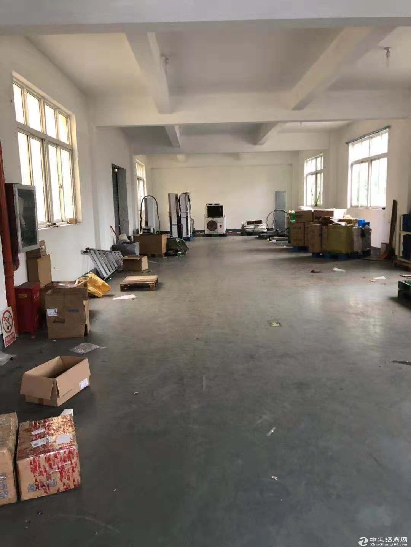 出租浦东周浦厂房2500平可生产可仓库可办公