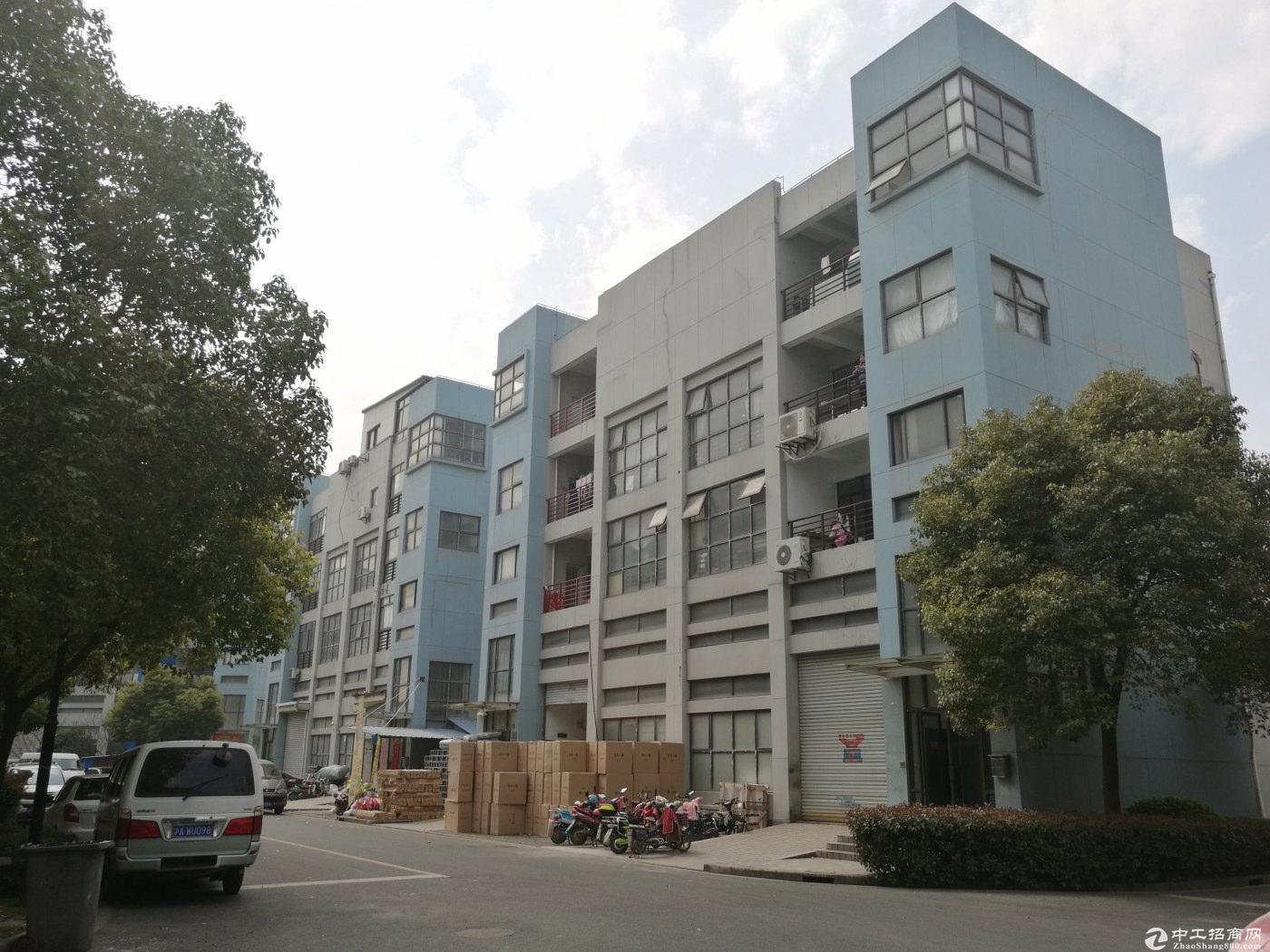 嘉定南翔独栋工业厂房945平出售