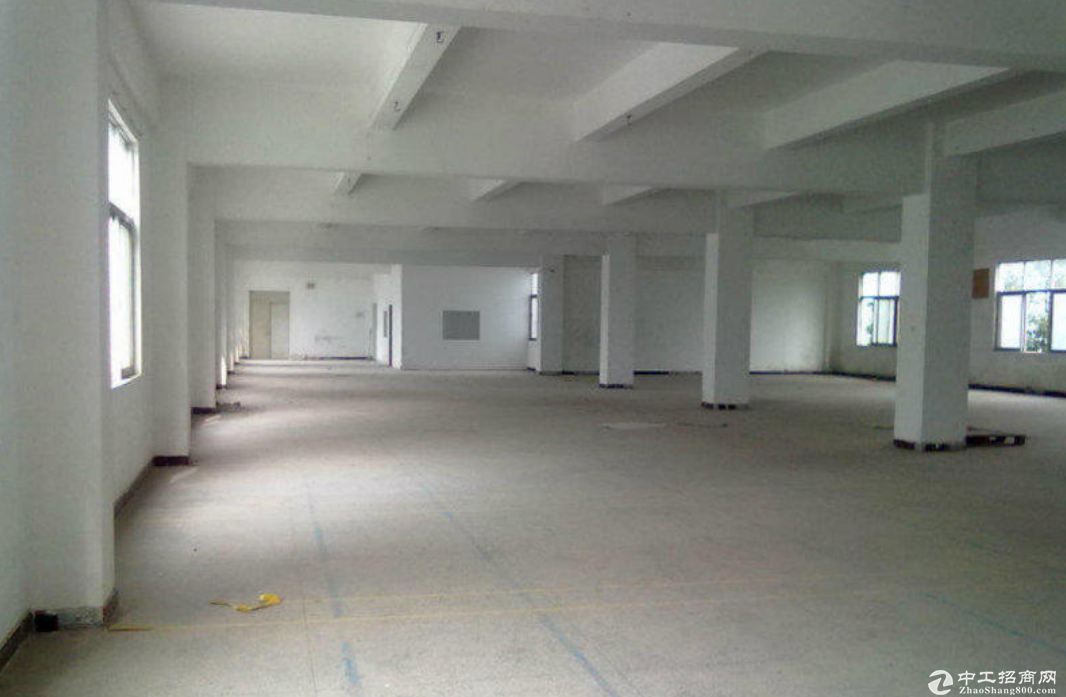 民众工业区三楼600平 有办公,带装修