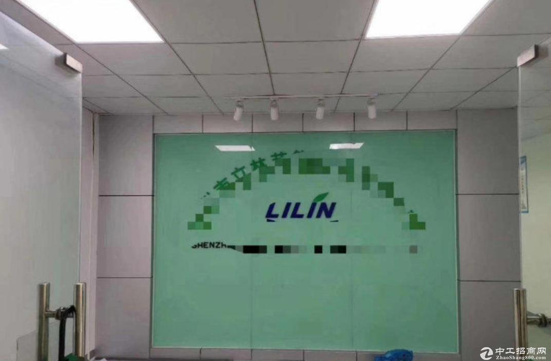 茂辉工业区楼上精装修600平方厂房出租